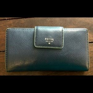 Navy Fossil Wallet-Great Condition
